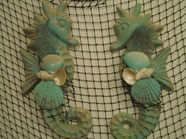 Large Seahorse Wall Plaques (turquoise/sand color)