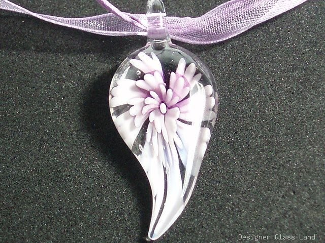 P613 MURANO GLASS PENDANT NECKLACE LIGHT PURPLE FLOWER, FREE SHIPPING!!!