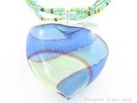 P968 HUGE BLOWN GLASS HEART PENDANT BEADS NECKLACE