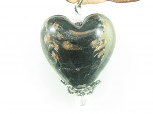 P1008 LAMPWORK GLASS BLACK HEART PENDANT NECKLACE