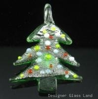 P1035 LAMPWORK GLASS X'MAS TREE PENDANT