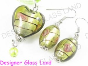 PE123F LAMPWORK GLASS TOPAZ HEART PENDANT EARRINGS SET