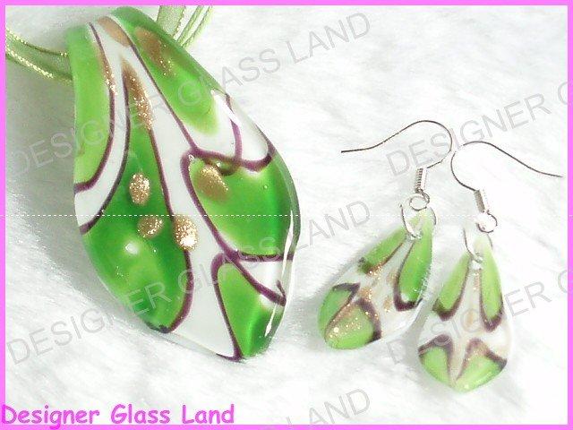 PE034F LAMPWORK GLASS GREEN LEAF PENDANT EARRINGS SET