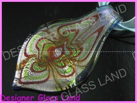 P801F LAMPWORK GLASS SWIRL LEAF PENDANT NECKLACE