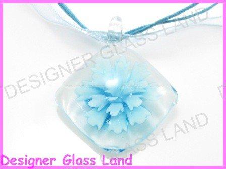 P865F LAMPWORK GLASS 3D BLUE DIAMOND SHAPED PENDANT