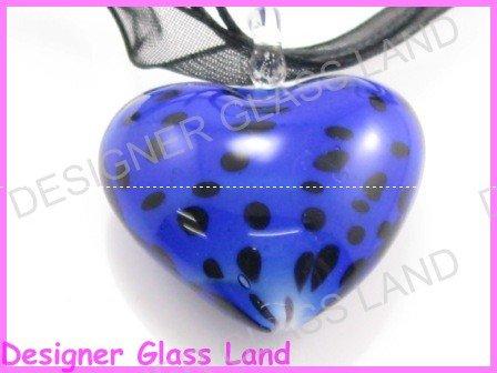 P866F LAMPWORK GLASS DALMATIAN HEART PENDANT NECKLACE