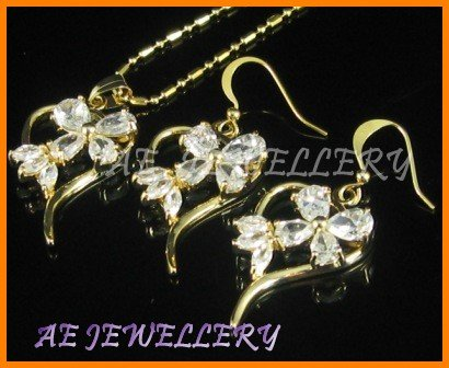 """AS018F Heart Floral White Topaz Pear Cut 18K Yellow Gold Plated Pendant Earrings Sets 16"""" Necklace"""