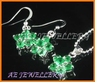 """AS020F Emerald Floral Round Cut 18K White Gold Plated Pendant Earrings Set 16"""" Necklace"""