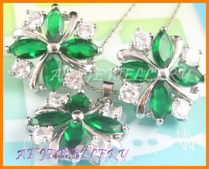 """AS178F Emerald White Topaz 18K White Gold Plated Pendant Necklace Earrings Set 16"""""""