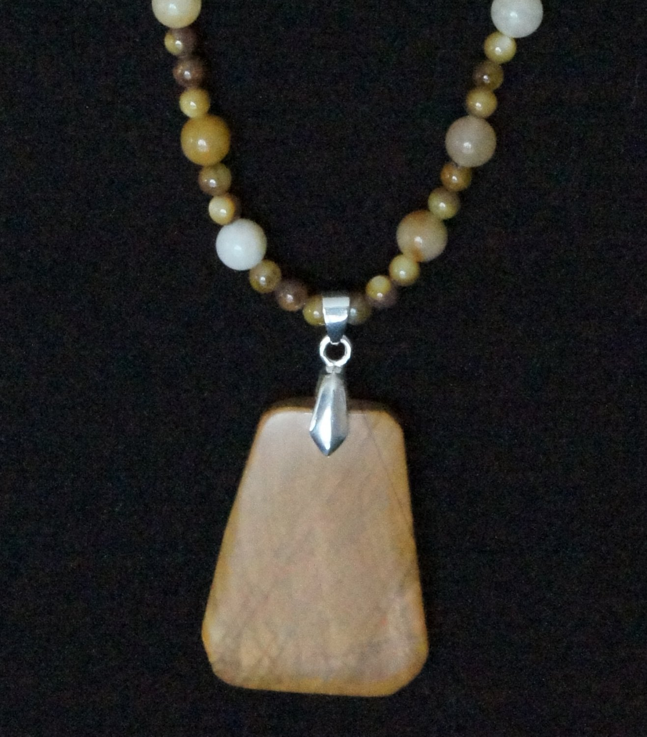 Brown Bliss Necklace