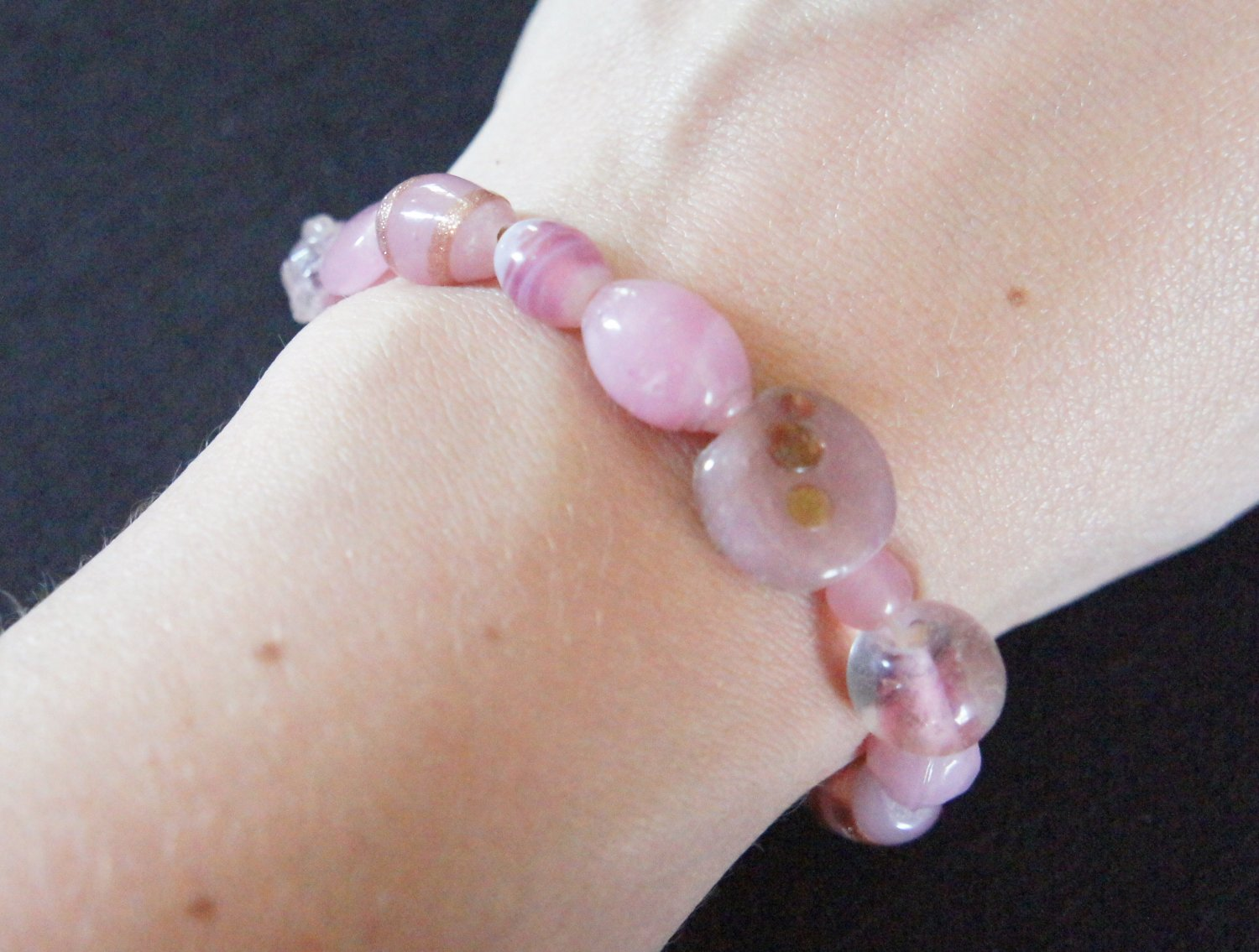 Rose Pink glass beads stretch breacelet