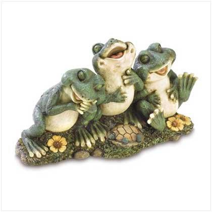 Froggy Friends Statue