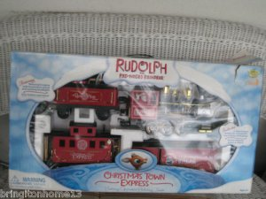 Rudolph the Red Nosed Reindeer Holiday TRAIN SET IN BOX CHRISTMAS TOWN 12 FOOT