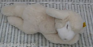 STEIFF BEDTIME LAMB 082566 GERMANY KNOPF IM OHR STUFFED ANIMAL SLEEPING RETIRED