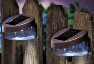 Deck And Fence Wall Mount Solar Lights