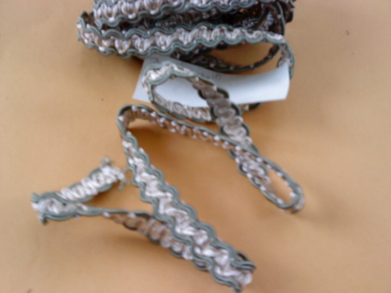 "1/2"" TRI- COLOR Metallic Braid 3 YARDS 20  TRIMS"