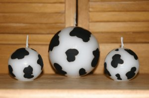 Cow print ball candles 3+ Lbs Triple Scented!!