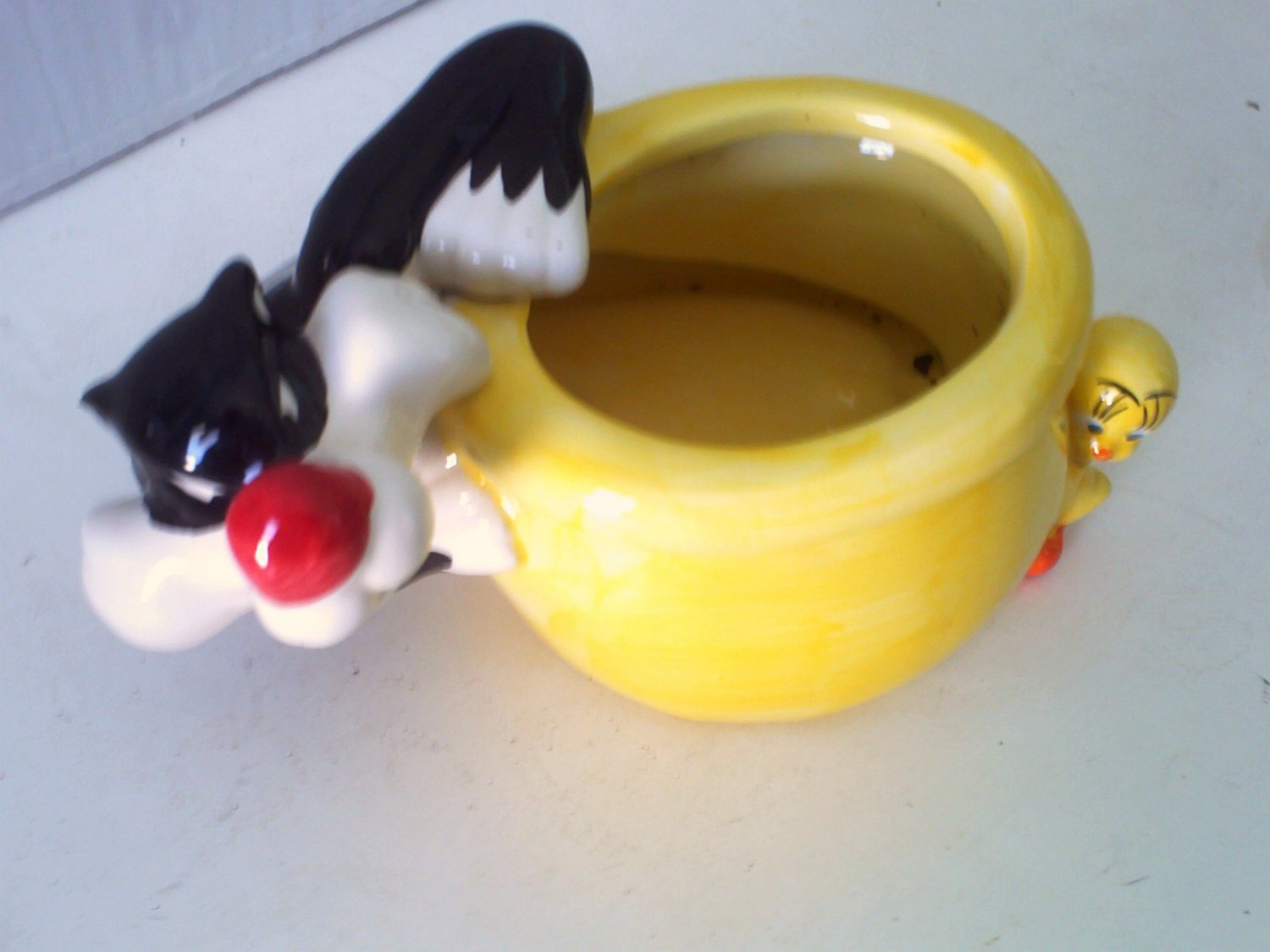 Sylvester And Tweety Bird Warner Brothers Planter