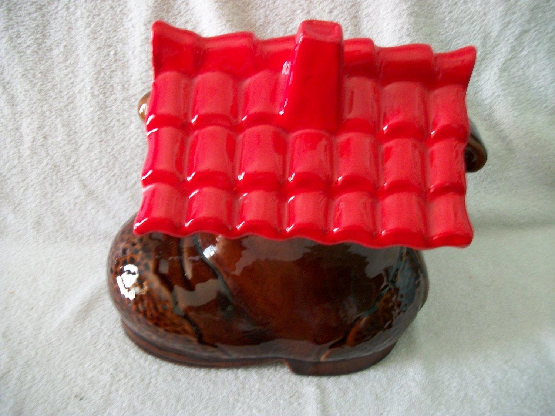 Old SHOE COOKIE JAR VERY NICE U.S.A.