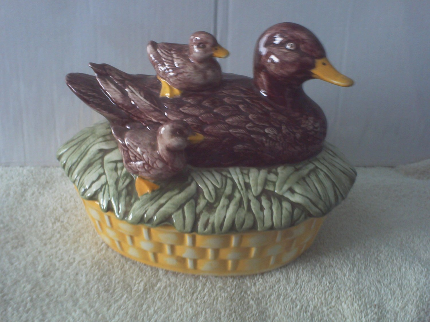 Duck Tureen Nesting With Ducklings BR 1981