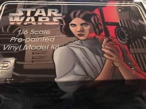 Star Wars 1/6 scale Princess Leia Pre-painted Vinyl Model Kit 1995 NOS
