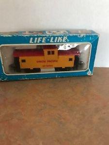 Life-Like Caboose Union Pacific HO Scale Train Model #25743 MIB