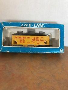 Life-Like Coal Hopper Union Pacific HO Scale Train Model #25743 MIB