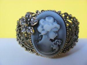 Lady Cameo Bangle Bracelet