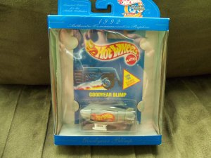 Hot Wheels Good Year Blimp 1992 30 Years Edition