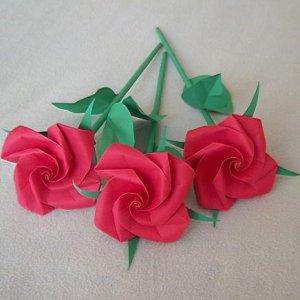 Handmade Origami Rose Short Stem Paper Fold Craft Gift Red