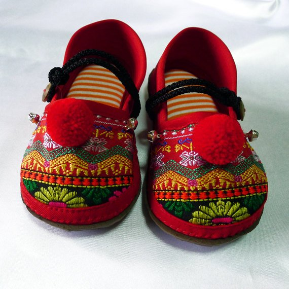 Funky colourful children's shoes for both boys or girls. Red and orange. Toddler large size