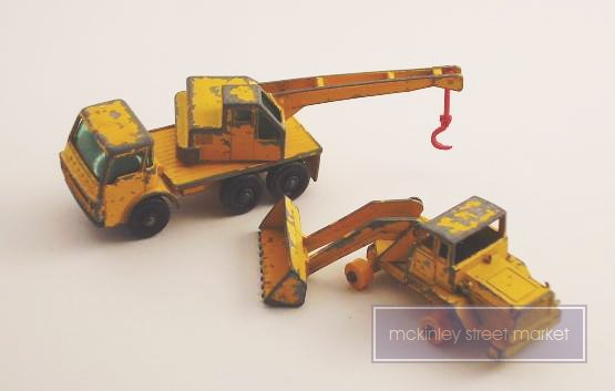 VINTAGE 2 LESNEY MATCHBOX CONSTRUCTION VEHICLES NO 63 AND NO 69