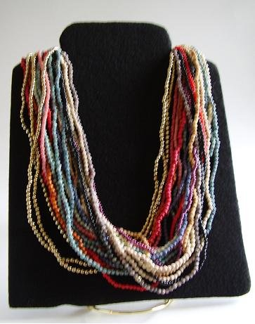 LOT OF 22 TINY BEAD COLORED NECKLACES