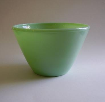 VINTAGE FK FIRE KING SPLASH PROOF JADEITE MIXING BOWL
