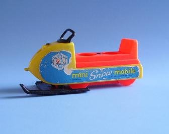 FISHER PRICE FP LITTLE PEOPLE SNOWMOBILE 705