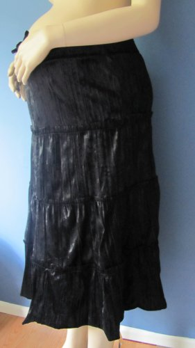 BLACK BROOM STYLE FALL/WINTER MATERNITY SKIRT SIZE SMALL