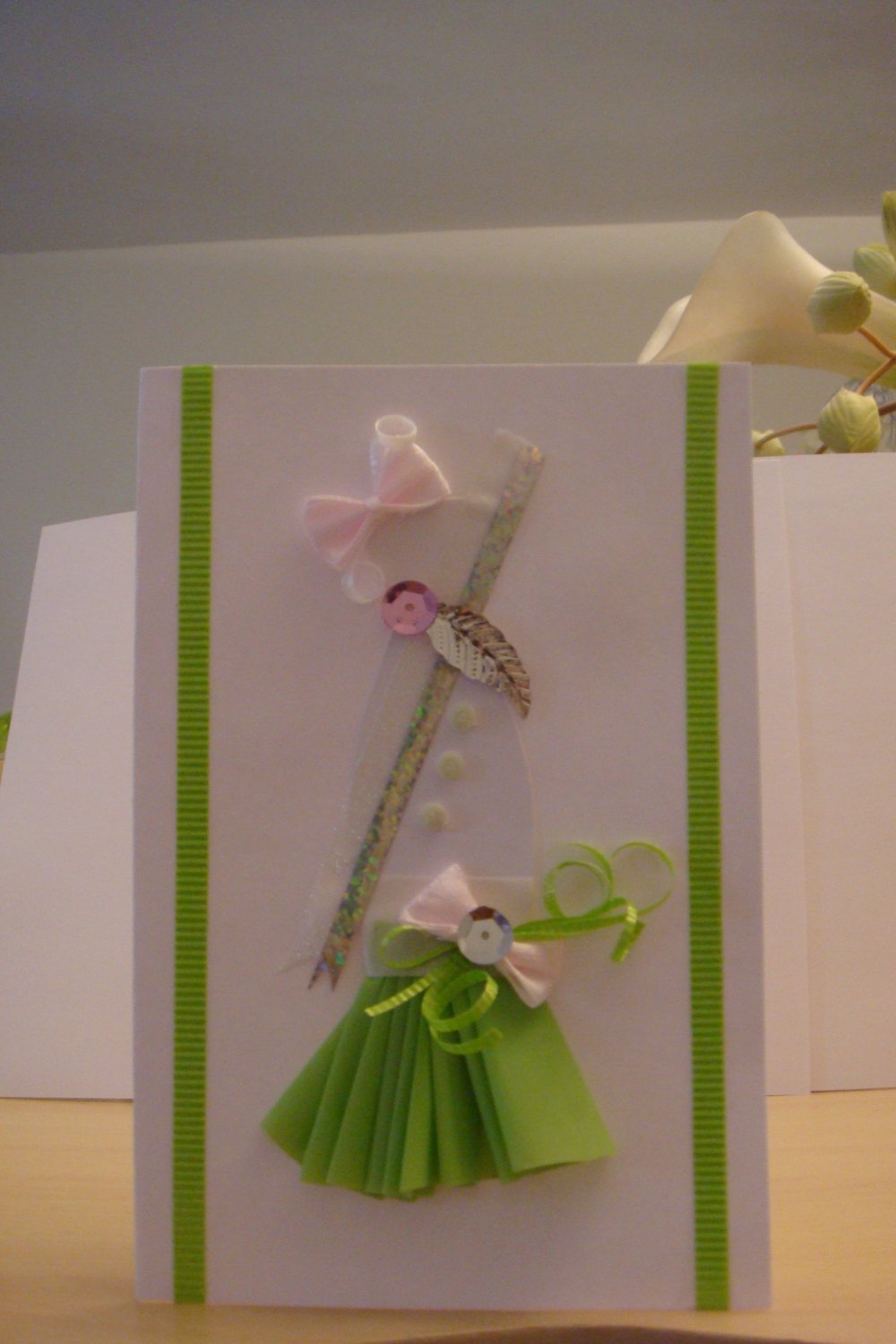 Sparkly Light Green Sequin with Pink Bow Gown Card