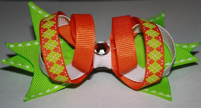 Loopy Spike Bow