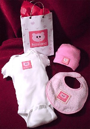 personalized baby girl clothing set with bear design
