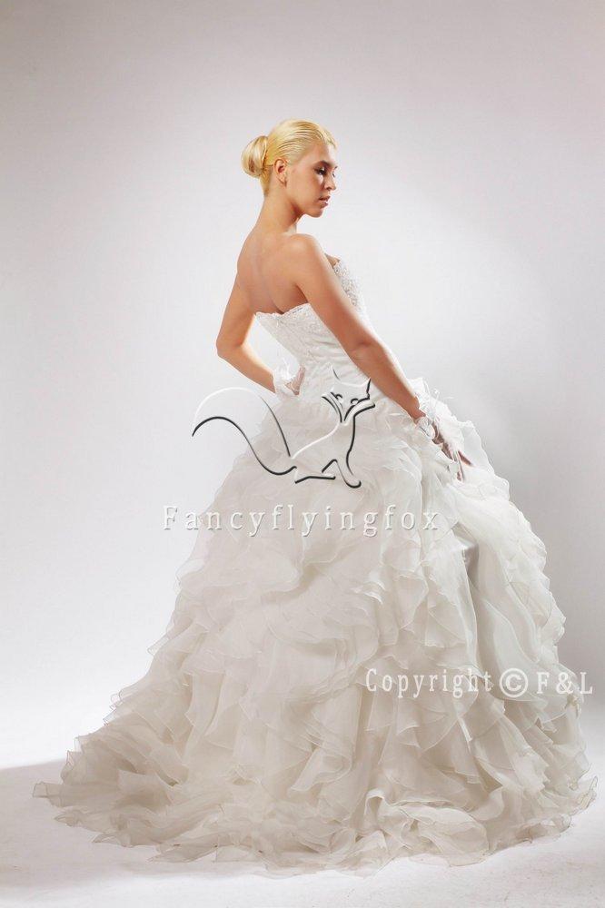 Gorgeous Chapel train Ball Gown Wedding Dress 5130