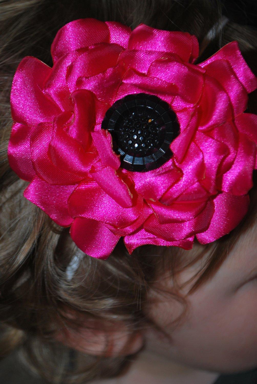 Large Pink Flower - Black Center
