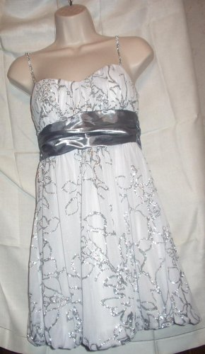 White & Silver Sashed Sparkly Glitter Spaghetti Strap Cocktail Evening Dress Size M Excellent NWT