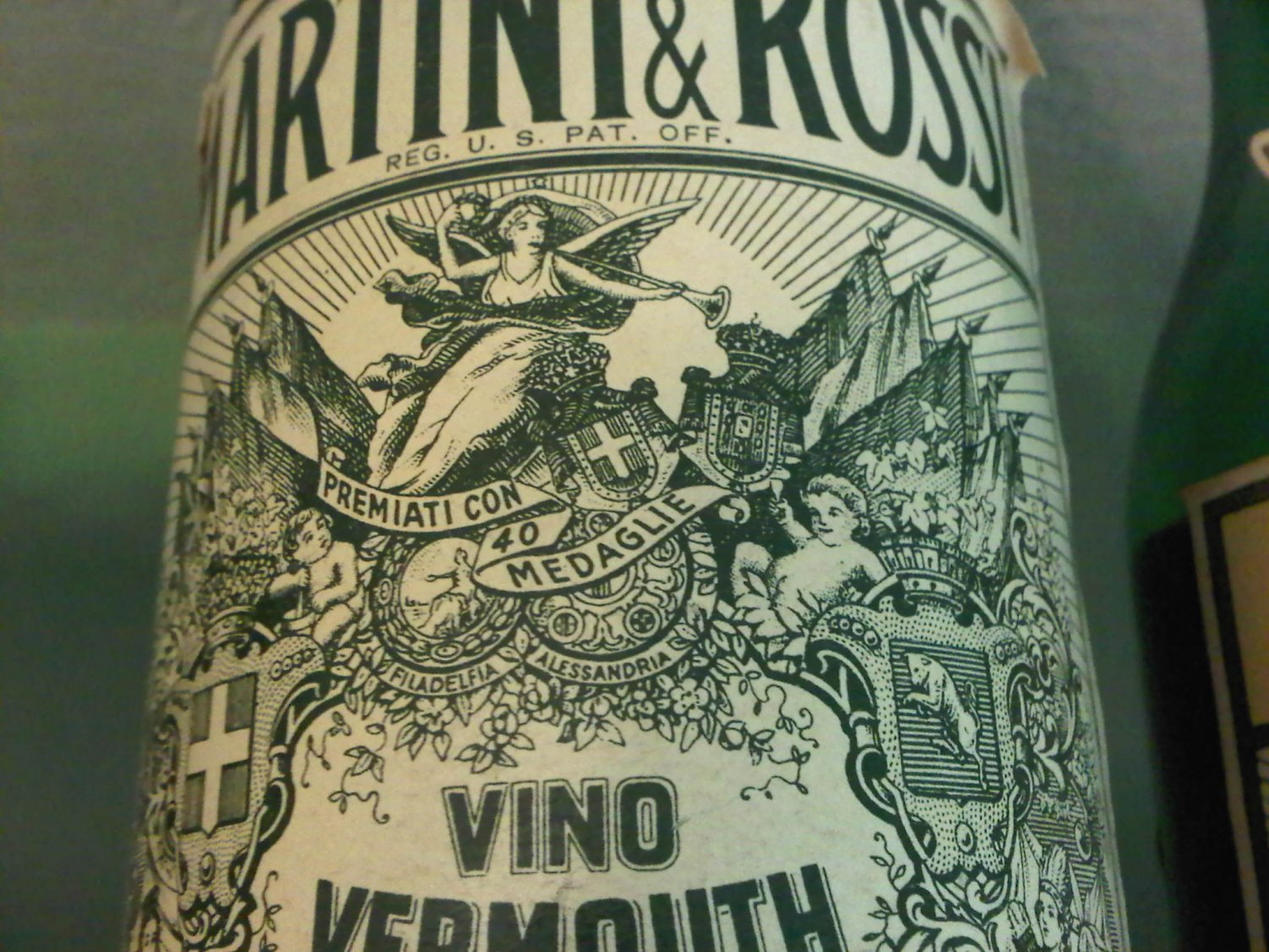Martini & Rossi Vintage Vermouth Bottle Extra Dry 750 ml
