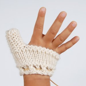 Thumb Sucking Baby / Toddler Mitten - Beige, Size L: 5 -8 Years