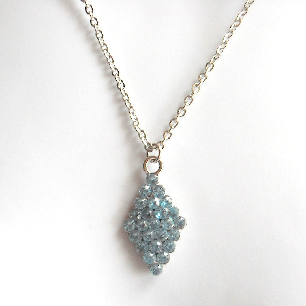 Austrian Crystals London Blue Multi Stone Faceted Design Fashion Necklace