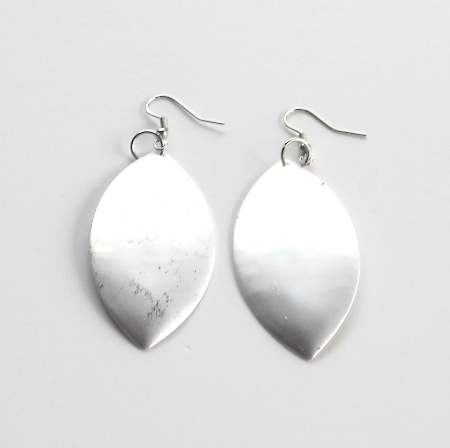 Large Oval Matt Distressed Silver color Metal Dangle Fashion Earrings