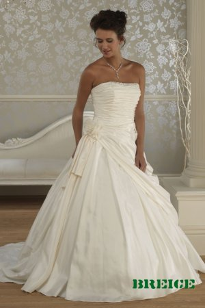 Custom made A-line wedding dresses AD025