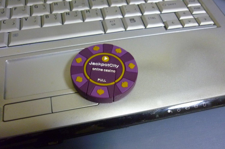 4GB COOL CASINO CHIP Flash Memory Stick Thumb Drive