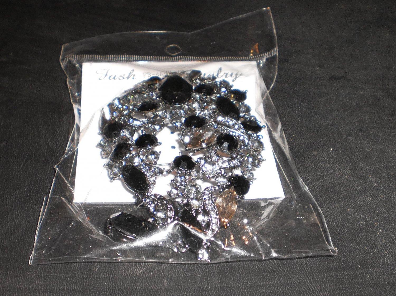 midnight black pin/brooch