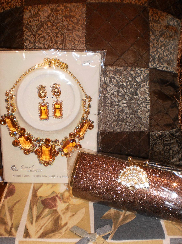 gold/bronze necklace set
